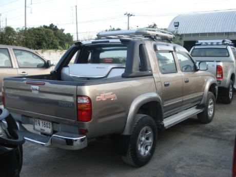 toyota D4D 2002-2004 Hilux Tiger from Thailand's, Singapore's, England United Kingdom's and Dubai's largest Toyota Hilux Tiger dealer and exporter - Jim Autos Thailand